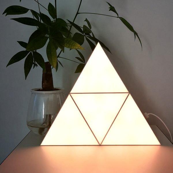LED triangle lights