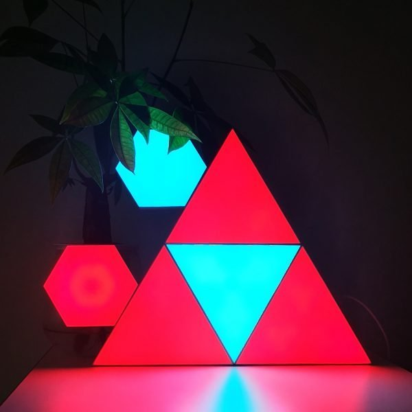 remote controlled triangle lights
